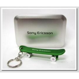 SonyEricsson 原廠滑板車吊飾 鋁合金 附收藏鐵盒品味超凡 只剩一組