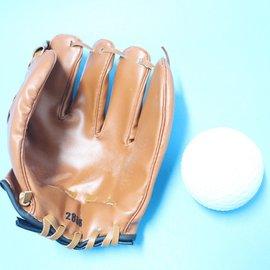 棒球手套 + 軟式安全棒球(國小以下專用)/組 特價 180
