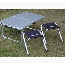 【GO SPORT】鋁合金框二段式小桌椅套裝組(可收納成手提箱式_40x60cm) 一桌附二椅.折合桌子.折疊桌.適露營和室泡茶 帳棚帳蓬內用 92280
