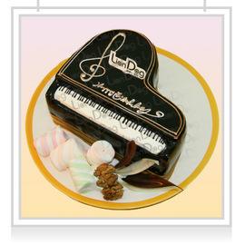 鋼琴 生日蛋糕