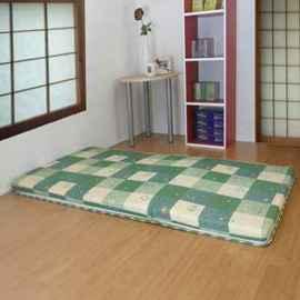 綺思美-[綠色園地][5公分(厚)聚酯纖維棉]3.0呎x6.0呎-冬夏兩用-上等[藺草日式三折透氣床墊]單人