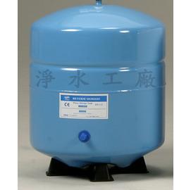 【淨水工廠】《免運費》RO逆滲透純水機專用儲水桶(壓力桶)(3.2加侖)~白色/藍色...通過美國NSF/歐盟CE認證