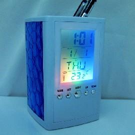 電子時鐘 筆筒時鐘水立方玻璃籃七彩眩光彩燈 3面藍色閃光玻璃 鬧鈴 萬年歷 溫度 白色