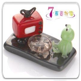 7-專賣祝福 #9829 青蛙看電視小擺飾