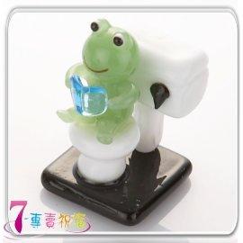 7-專賣祝福 #9829 青蛙坐馬桶小擺飾