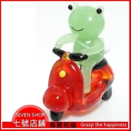 7~專賣祝福 玻璃 琉璃  #9829 青蛙騎摩托車小擺飾