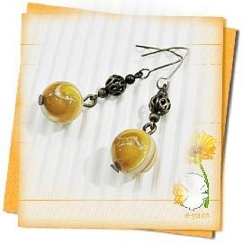 ~∼耀眼的金碧輝煌∼天然黃金硨磲黃古銅小垂式耳環~