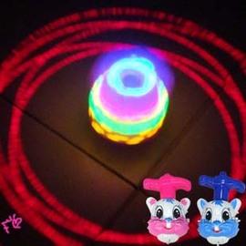 可愛兔子造型 音樂激光陀螺~送發射器/會唱歌的七彩發光陀螺◇/七彩閃光音樂陀螺