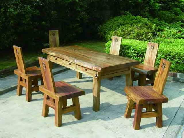 草龙椅 材质:樟木 尺寸规格:58*45*45/98