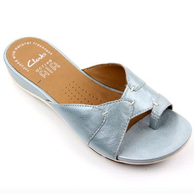 clarks夹脚拖鞋图片