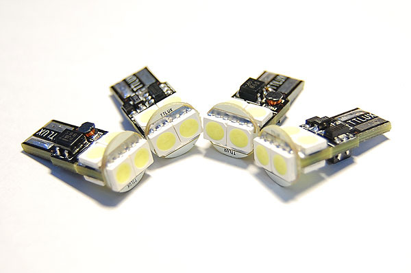 t10进化h版5w 交换式定电流ic 无极性 ic过热自动断电 黑色电路板