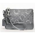 COACH 46363銀色織布手拿包