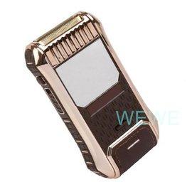 電動式.2顆4號電池.水洗式電動刮鬍刀.. 刮鬍器 先將自己刮乾淨