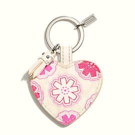 COACH 68560 粉色愛心形鑰匙圈