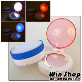 【winshop】LED兩段式按壓美妝鏡/多功能/方便攜帶/警示燈/求生,出門不只要美美的,還要隨身求救警示燈,二合一商品,現代女生不可少!!