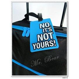 ~熊熊先生~高 獨一無二^! 英文字母 彩色行李箱 、證件夾可掛包包色彩鮮豔 超可愛