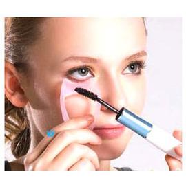 女人我最大推薦~美妝魔法小幫手三效合1防沾染睫毛卡~輕鬆擦睫毛膏+畫眼線+眼影