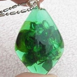 ~歡喜心珠寶~~綠幽琥珀馬眼 墜子~加925銀k金墜頭,波羅的海天然綠幽琥珀~附保証書~佛