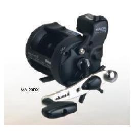 ◎百有釣具◎OKUMA MAGDA系列 美克達2培林 20DX型 附計米器 雙軸鼓式捲線器~暢銷款送布線