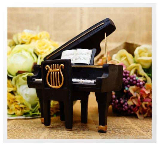 钢琴简笔画上色