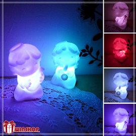 【winshop】A1622 音樂小天使七彩LED燈/七彩燈 小夜燈 造型燈 婚禮佈置LED燈