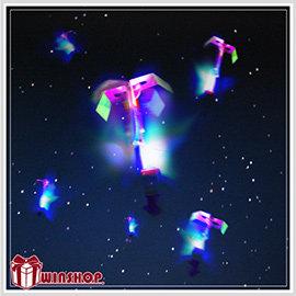【Q禮品】B1661 LED彈射高空發光竹蜻蜓/夜市熱賣LED高空竹蜻蜓/彈力飛箭/LED發光飛碟/彈力飛空蜻蜓