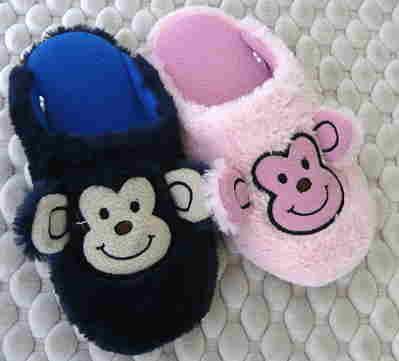 (e鞋院)【可爱小猴】绒毛儿童室内拖鞋