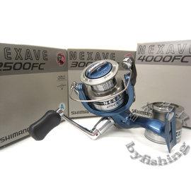 ◎百有釣具◎SHIMANO NEXAVE 2500/3000/4000SFC 美規版雙線杯~買就送母線