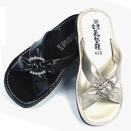 噗鈴^~9357女款平底晶鑽閃耀舒適拖鞋 女拖鞋 女涼鞋 2014 春夏 黑色.香檳色 平