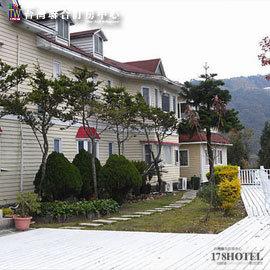 ►高海拔山林之旅拉拉山富仙境鄉村渡假旅館.典雅雙人房1499元(含早餐)