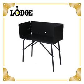 探險家戶外用品㊣A5-7 美國LODGE 鐵製烹調桌 荷蘭鍋料理桌 鑄鐵鍋行動廚房 (附擋風板)