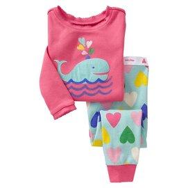 ~~美單G牌~~玫紅色底可愛鯨魚貼布長袖上衣 彩色愛心印花長褲居家服 休閒服睡衣(2T^~