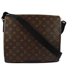 Louis Vuitton LV M40934 District MM 花紋翻蓋斜背包
