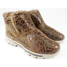 【MYVINA 維娜】SKECHERS (女鞋) GO WALK 雪靴 健走保暖鞋 休閒鞋 走鞋 足弓鞋 超輕量(咖豹)13694CHOC