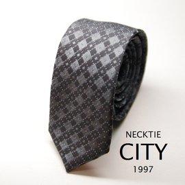 ~Necktiecity領帶屋~ 中窄板領帶鐵灰底深灰線交叉格紋5.5cm ^(55003