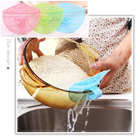 【Q禮品】A2424 夾式洗米瀝水板/笑臉可夾式洗米瀝水器/蔬果穀物過濾器/洗米瀝水掛勾/廚房用品