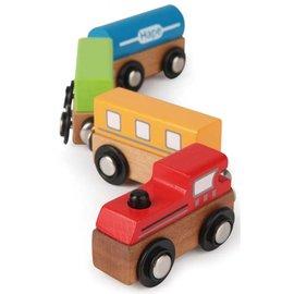 【紫貝殼】『CGD01-1』德國Hape愛傑卡-快樂積木組-磁性火車(彩色火車)【天然實木、植物性水染漆、德國環保玩具】