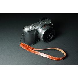 ^~DGmate 碼頭^~ ~TP_V型相機手繩~牛皮相機手腕帶 單眼 微單 類單 一般