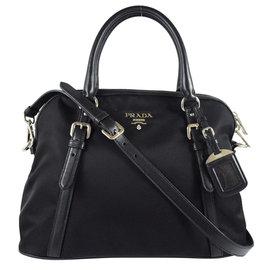 ~  價~PRADA BL0912 浮雕LOGO尼龍皮飾邊銀扣兩用包.黑 價 27 800