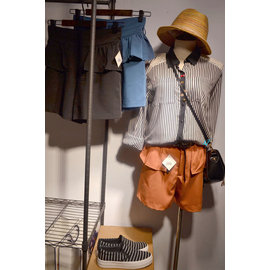 (限量銅板價)時尚氣質 高腰短褲 顯瘦修身個性 設計師款 外銷廠清庫存!隨時斷貨!