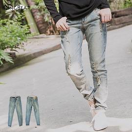 牛仔褲~~休閒百搭刷破仿舊感中腰直筒牛仔長褲^(XL~7L^)~N98眼圈熊中大