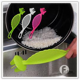 【Q禮品】B2652 多功能淘米器/淘米棒/洗米瀝水器/不傷手多功能攪拌/瀝水洗米勺/淘米器/
