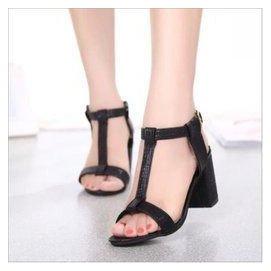 涼鞋女粗跟女鞋中跟涼鞋 簡約高跟涼鞋