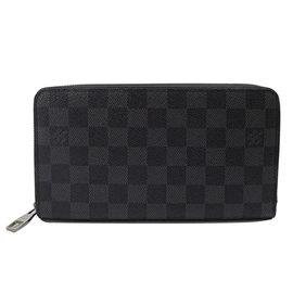 ~9成新~Louis Vuitton LV N63077 Damier 黑棋盤格紋謢照拉鍊