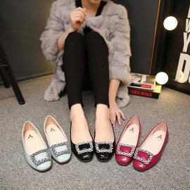 水鑽扣飾小方頭淺口平底鞋鞋面 :高檔漆皮 內裡、中底布 :舒適透氣PU 大底 :橡膠底 跟