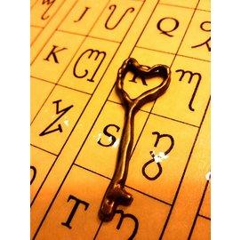 ~藥魂魔法事務所~愛情骨頭護符~找到真愛永結同心愛情護符