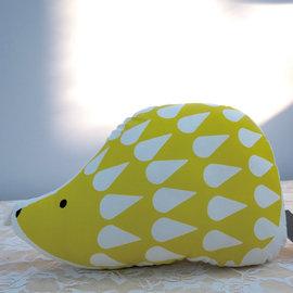 ~PAINT~北歐風格,黃色小刺蝟,卡通抱枕,午睡枕,療癒小物,沙發靠墊, A110125
