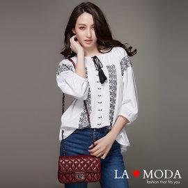 La Moda 小香風菱格紋高 頭層真皮牛皮鉚釘肩背測背手拿小包 ^(共2色^)