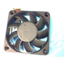 新竹市 顯卡/顯示卡 DC12V 6X6CM/3針 靜音風扇 /散熱器 **6CM** [FFN-00005]