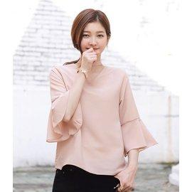 ~^(韓國直送100^%正韓^)氣質繞頸七分荷葉邊袖上衣